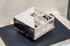 Galería de 'Arquitectura reflexiva' en torno a la madera: 10 arquitectos y estudiantes exhiben sus obras en Puerto Montt, Chile - 2 Cubes, Building Facade, Water Tower, Architecture Design, Decorative Boxes, Architectural Models, Ps, Modeling, Sketch