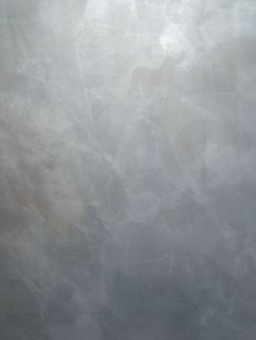gray venetian plaster - Google Search Plaster Texture, Venetian Plaster Walls, Polished Plaster, Making Space, Ceiling Treatments, Beautiful Interior Design, Wall Finishes, Tuscan Style, Interior Walls