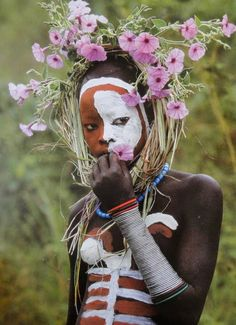 Natural Fashion from Ethiopia's Omo Valley by Hans Silvester