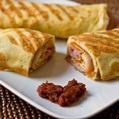 Ham, Egg and Cheddar Breakfast Crepes