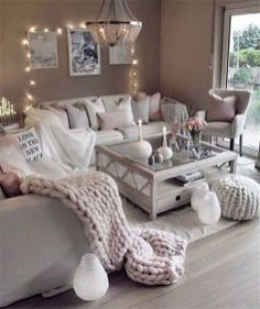 Great Decorating ideas for Living Room Cozy home decor, living room decoration ideas, modern interior design, modern home decor Living Room Decor Cozy, Simple Living Room, Home Decor Bedroom, Romantic Living Room, Bedroom Rustic, Decor Room, Room Decorations, Bedroom Sets, Cosy Grey Living Room