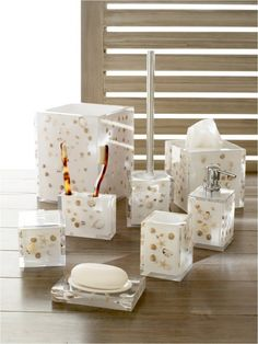 Photography Gallery Sites Bathroom accessory set
