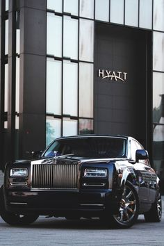 the luxury side of life Voiture Rolls Royce, Rolls Royce Cars, Audi, Porsche, Rolls Royce Wallpaper, Rolls Royce Black, Pinterest Instagram, Rolls Royce Phantom, Best Luxury Cars