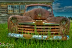 I love shooting old barns cars, but with a barn as a backdrop for an old rusty car is the absolute bomb!