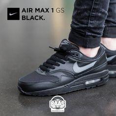 sports shoes 77940 76915  nike  air  airmax  airmaxone  airmax1  nikeblack  sneakerbaas   baasbovenbaas