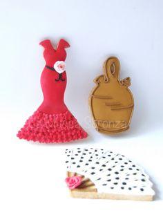 http://lamuccasbronza.blogspot.com  flamenco cookies