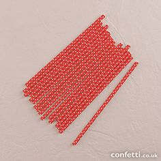 """""""Sippers"""" Small White Polka Dot Paper Straws - Confetti.co.uk"""