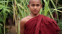 (2015, Stasik & Hein) Gadające głowy w Birmie