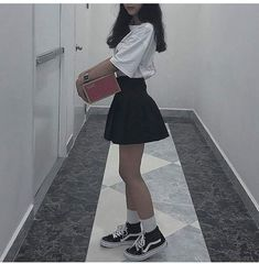 outfits with bralettes Edgy Outfits, Swag Outfits, Cute Casual Outfits, Korean Outfits, Grunge Outfits, Skirt Outfits, Pretty Outfits, Egirl Fashion, Korean Fashion
