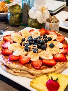 【19位】モエナ カフェ Doughnuts, Restaurant Bar, Fruit Salad, Parfait, Waffles, Hawaii, Food And Drink, Sweets, Breakfast