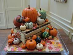 Doll House Pumpkin Gourds Autumn Display Fantastic Miniature