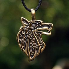 Fenrir Necklace: The Viking Wolf by Honor the Roots Wolf Jewelry, Viking Jewelry, Animal Jewelry, I Love Jewelry, Modern Jewelry, Jewelry Design, Men's Jewelry, Silver Jewellery, Gemstone Jewelry