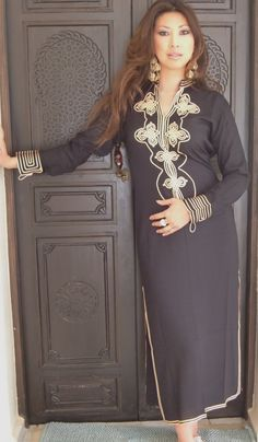 Beige Marrakech Resort Lounge Wear Caftan Kaftan with Silver Embroidery Maternity Activewear, Birthday Party Outfits, Moroccan Caftan, Caftan Dress, Hijab Dress, Trendy Outfits, Trendy Clothing, Resort Wear, Winter Dresses