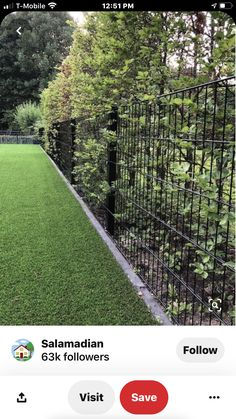 40 DIY Backyard Privacy Fence Design Ideas on A Budget – front yard fence ideas Cheap Privacy Fence, Privacy Fence Designs, Backyard Privacy, Diy Fence, Fence Landscaping, Backyard Fences, Garden Fencing, Cheap Fence Ideas, Fenced In Backyard Ideas