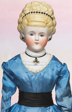 208: GERMAN BISQUE PARIAN DOLL WITH BEAD HEADDRESS & IR : Lot 208