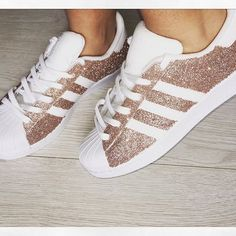 #mulpix So much love for these!! 100% exclusive and available here in all sizes. Rose gold glitter adidas superstars. £79.99 upto a size 5.5 #adidas #superstar #rosegold #custom #adidassuperstar #glitter #exclusive