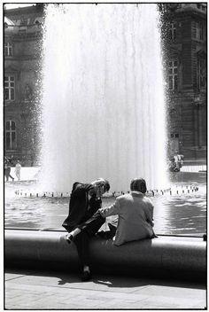 spenserstevens:    Elliott Erwitt  FRANCE. Paris. 1989. Louvre...