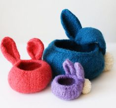 Knitting Pattern for Bunny Baskets - Felted bowls with bunny ears and pompom tails, perfect for Easter. 3 sizes: and diameter. Designed by Midknits Knitting Patterns Free, Free Knitting, Baby Knitting, Knitting Ideas, Loom Knitting, Knitting Designs, Knitting Projects, Knitted Bunnies, Felt Bunny