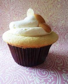 Dulce de leche cupcakes...oh yum!
