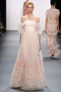 Jenny Packham Spring 2017 Ready-to-Wear: I love the off shoulder trend! This is one of my favorite looks from Jenny Packham's collection! The dress is flowy and ethereal!