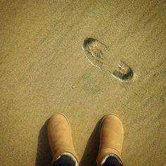 14/366 #photo #picture #vscocamgram #vscocam #alltimevsco #allvsco #shoestobehappy #shoestory #shoes #feets #feetproject #feetstagram #lookyfeets #shoesoftheday