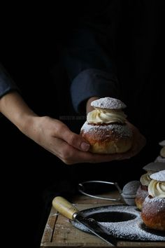 Food styling with cake. Love the natural simplicity of this photo.