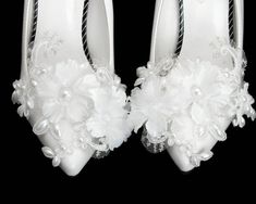 Bridal Shoes, Wedding Shoes, Wedding Lace, Pearl Shoes, Feather Headpiece, Ring Pillow Wedding, Organza Flowers, Only Shoes, Garter Set