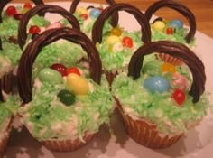 Edible #Easter Baskets #recipe from justapinch.com!