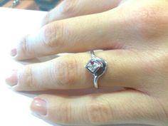 Anello con diamantini a pave'