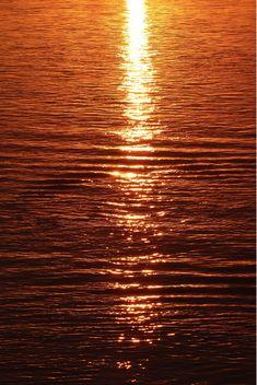 Abendstimmung auf dem Wasser Celestial, Sunset, Outdoor, Camera, Water, Faces, Outdoors, Sunsets, Outdoor Games