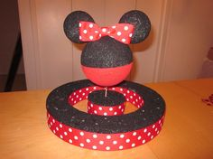 Check Out my Minnie Mouse Cake Pop Stand! Minnie Mouse Stickers, Minnie Mouse Theme, Mickey Mouse Cake, Mini Mouse 1st Birthday, Mickey Mouse Birthday, 2nd Birthday, Birthday Ideas, Theme Mickey, Mickey Party