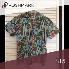 Mini Boden Surf Shirt EUC, no stains, no dryer, no smoke, no pets. Mini Boden Shirts & Tops Button Down Shirts
