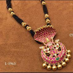 Black Beads Set with Naga Pendant Bridal Jewelry, Beaded Jewelry, Beaded Necklace, Gold Jewellery, Cartier Jewelry, Necklaces, Bracelets, Jewelry Patterns, Necklace Designs