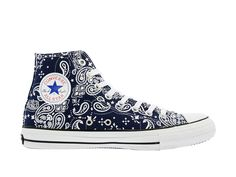 All Star Shoes, Converse All Star, Converse Shoes, Converse Chuck Taylor, Gangster Outfit, Bandana Design, Bandana Styles, High Top Sneakers, Pairs