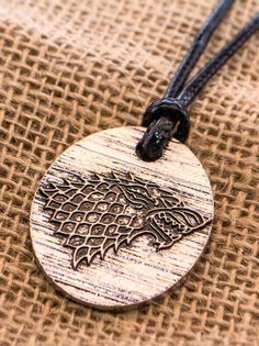 Game of Thrones pendant necklace - Stark