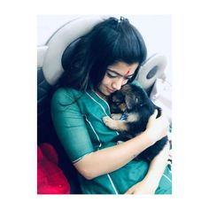 Rashmika Mandanna Biography, Height, Weight, Age, Family And Cute Girl Poses, Cute Girl Pic, Stylish Girl Pic, Cute Girls, Beautiful Girl Indian, Most Beautiful Indian Actress, Indian Heroine Photo, Indian Girls Images, Face Awards