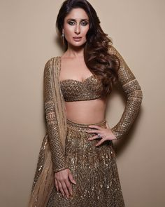 Kareena Kapoor Insta naughty actress cute and hot tollywood plus size item girl Indian model unseen latest very beautiful and sexy bollywood. Indian Bridal Outfits, Indian Fashion Dresses, Dress Indian Style, Indian Designer Outfits, Fashion Outfits, Fashion Styles, Pakistani Outfits, Ethnic Fashion, Asian Fashion