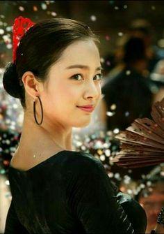Korean Beauty, Asian Beauty, Lee Bo Young, Bridal Mask, Kim Tae Hee, Yoo Ah In, Korean Make Up, Korean Model, Korean Actresses