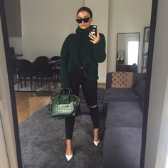 Had to get this to match my bag. and furniture apparently Taken by shannenjai on Monday October 2018 Classy Outfits, Chic Outfits, Trendy Outfits, Fashion Outfits, Fashion Capsule, Fall Winter Outfits, Autumn Winter Fashion, Mode Streetwear, Fashion Mode