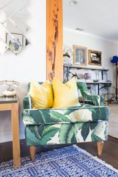 A Gallery of Leafy Plant Wallpapers, Fabrics & Prints | Apartment Therapy