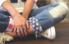 DIY American Flag Cuffs In honor of Fourth of July coming up, it's the perfect time for some American flag DIYs to help put together your red, white, and blue outfit. With Pinterest being the hub for all things DIY, I found a craft that's simple and produces the cutest, festive results! You'll need a few tools and mater... Read More at http://www.chelseacrockett.com/wp/diy-2/diy-american-flag-cuffs/. Tags: #Americanflag, #Cuffs, #Diy, #Doityourself, #Fourthofjuly