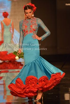Spanish style – Mediterranean Home Decor Indian Gowns Dresses, Mexican Dresses, Unique Dresses, Dance Fashion, Fashion Dresses, Costume Ethnique, Spanish Dress, 2016 Fashion Trends, Red Bridesmaid Dresses