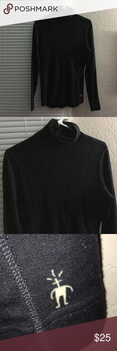 Smartwool Black Turtleneck Base Layer Smartwool black turtleneck, baselayer, 100% merino wool. Gently worn. Smartwool Tops