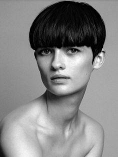Lara Mullen - Model