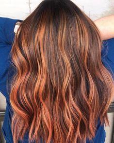 Red Highlights In Brown Hair, Caramel Hair Highlights, Hair Color Caramel, Chunky Highlights, Brown Hair Red Highlights, Caramel Balayage, Coloured Highlights, Dramatic Highlights, Orange Highlights