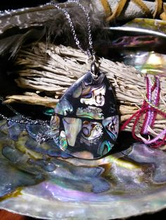 Check out this item in my Etsy shop https://www.etsy.com/listing/251916278/beautiful-abalone-shell-necklace