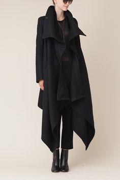 ann demeulemeester black long cybelle coat this is so right. Love - ann demeulemeester black long cybelle coat this is so right. Dark Fashion, Minimalist Fashion, Fashion Coat, Net Fashion, Classy Fashion, Color Fashion, Fashion Shoes, Fashion Outfits, Looks Style