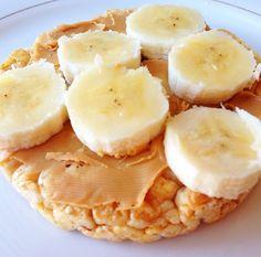 Healthy breakfast - rice cake, peanut butter & bananas!