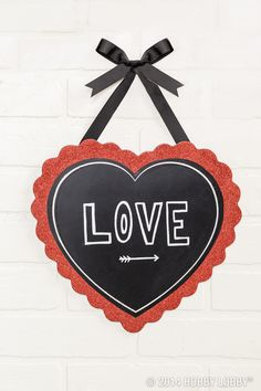 Red, white, and chalkboard! The loveliest of Valentine's Day color combos. (Sold in stores only.)