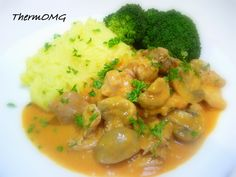 New and exciting Thermomix recipes that are easy, family friendly and flavoursome. Recipe Using Chicken, Chicken Recipes, Chicken Stroganoff, Savory Snacks, Foods To Eat, Main Meals, Dinner Recipes, Dinner Ideas, Main Dishes